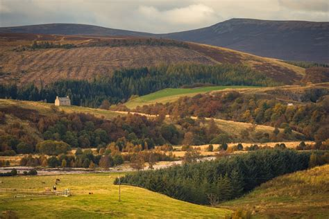 Tomintoul Visitor Guide - Accommodation, Things To Do