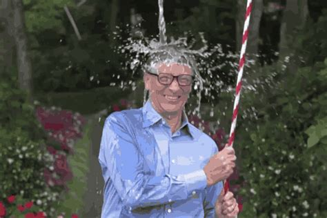 Bill Gates takes ice bucket challenge to new heights